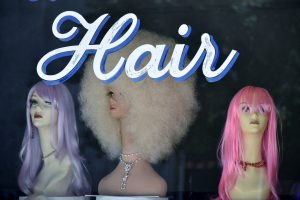 Stylist wigs on mannequin heads
